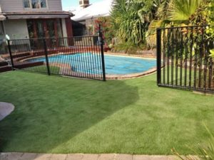 Synthetic Grass Melbourne: Residential job joined, pegged, sanded & cut in with a surgeons precision.