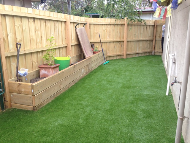 Synthetic Grass Laid & Cut In to Perfection - Mornington